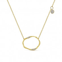 Gabriel & Co. 14k Yellow Gold Textured Circle Necklace
